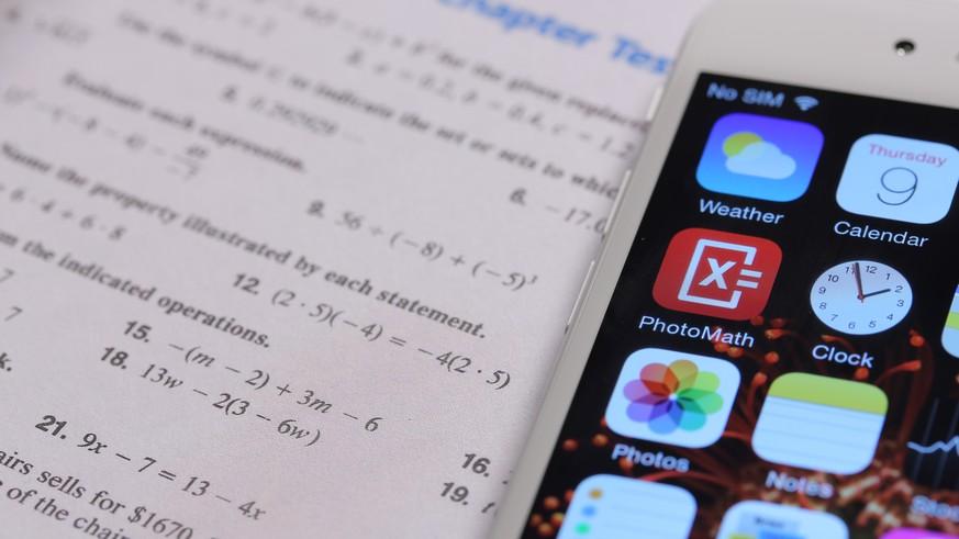 Davon träumen alle Schüler: Gratis-App löst Mathe-Aufgaben im Nu ...