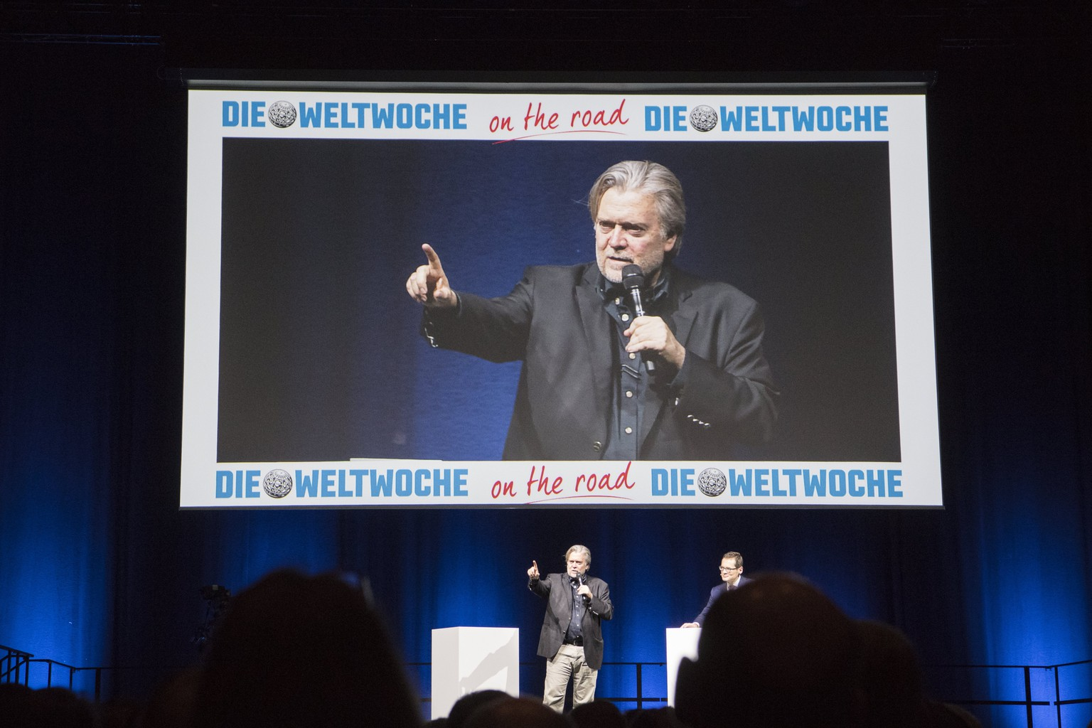 epa06585573 Former US White House strategist Steve Bannon speaks during the 'Weltwoche  (World week) on the road - Steve Bannon' event in Zurich, Switzerland, 06 March 2018. Reports state that Bannon will speak on his time in the White House and other political topics.  EPA/ENNIO LEANZA