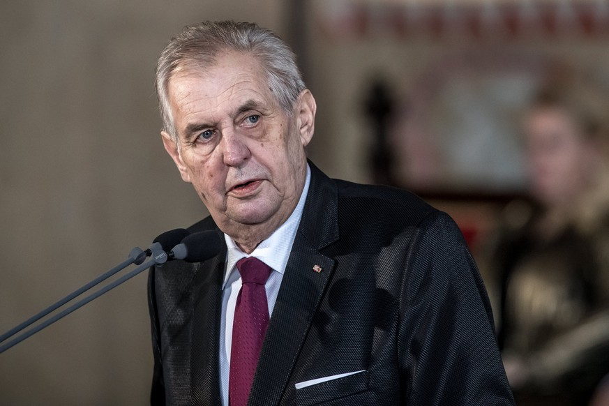 epa06589243 Czech Republic's re-elected President Milos Zeman delivers a speech during his inauguration ceremony in Vladislav Hall at Prague Castle in Prague, Czech Republic, 08 March 2018. Zeman, which swore for his second five-year tenure, to become the Czech Republic's second president directly elected by citizens on January, in the second round defeated Jiri Drahos. Zeman is the third president of the Czech Republic after Vaclav Klaus and the eleven head of state since Czechoslovakia's establishment in 1918.  EPA/MARTIN DIVISEK