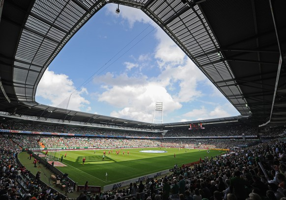 BREMEN, GERMANY - AUGUST 17:  A general view during the Bundesliga match between Werder Bremen and FC Augsburg at Weserstadion on August 17, 2013 in Bremen, Germany.  (Photo by Stuart Franklin/Bongarts/Getty Images)