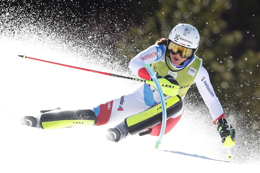 epa07441707 Wendy Holdener of Switzerland in action during the first run of the Women's Slalom race at the FIS Alpine Skiing World Cup finals in Soldeu - El Tarter, Andorra, 16 March 2019.  EPA/GUILLAUME HORCAJUELO