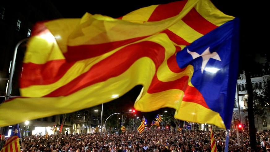 Unabh ngigkeit madrid droht katalonien offen mit aussetzen der autonomie watson - Ka international madrid ...