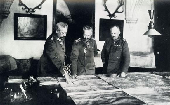 Erster Weltkrieg Hindenburg Ludendorff Kaiser Wilhelm II. 3. OHL Oberste Heeresleitung (PD)