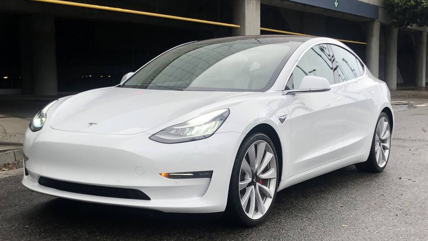 Elon Musk hält Wort: Teslas Model 3 für 35'000 Dollar ist da