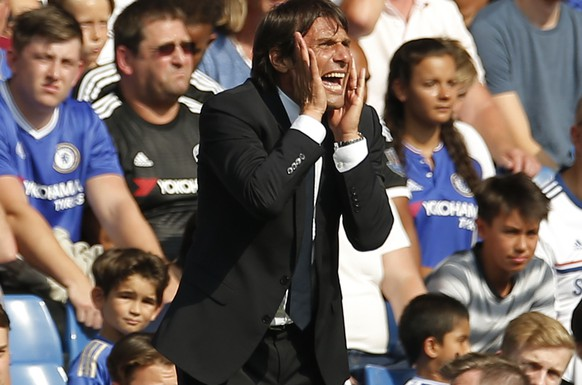 Football Soccer Britain - Chelsea v Burnley - Premier League - Stamford Bridge - 27/8/16Chelsea manager Antonio Conte Action Images via Reuters / Andrew CouldridgeLivepicEDITORIAL USE ONLY. No use with unauthorized audio, video, data, fixture lists, club/league logos or