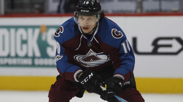Colorado Avalanche right wing Sven Andrighetto, of Switzerland, looks for a pass as he drives to the net against the St. Louis Blues in the third period of an NHL hockey game Sunday, March 5, 2017, in Denver. St. Louis won 3-0. (AP Photo/David Zalubowski)