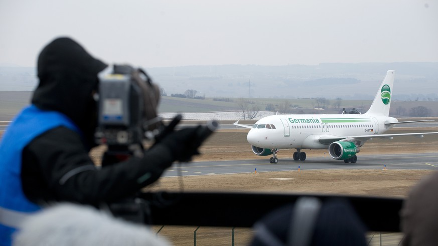 epa07344265 (FILE) - An Airbus A 319 from Germania airlines lands at the airport in Kassel-Calden, Germany, 04 April 2013 (reissued 05 February 2019). According to media reports on 05 February 2019, Germania Airlines filed for bankruptcy and has ceased all operations. The Berlin-based airline recently revealed that it received assurances of over 15 million euro in financial assistance, due to a liquidity shortage caused by increases in fuel prices and a decrease in value of the euro against the US dollar. The financial assistance commitments apparently did not materialize, likely causing the insolvency.  EPA/UWE ZUCCHI  GERMANY OUT