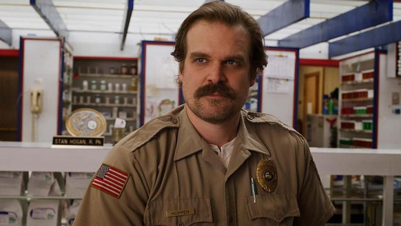jim hopper stranger things netflix