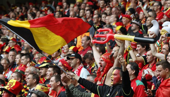 Football Soccer - Wales v Belgium - EURO 2016 - Quarter Final - Stade Pierre-Mauroy, Lille, France - 1/7/16 Belgium fans before the game REUTERS/Pascal Rossignol Livepic