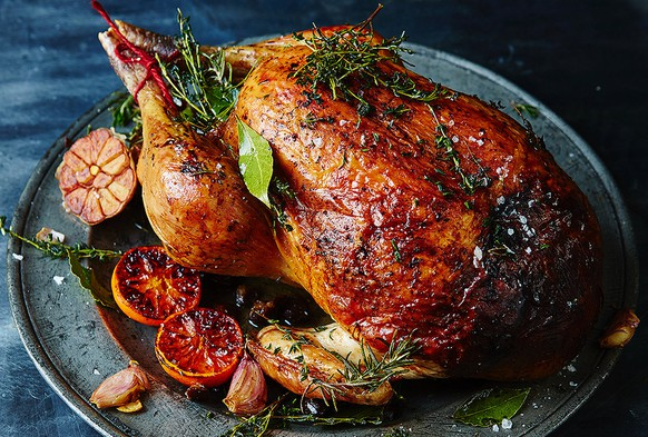 christmas turkey truthahn weihnachten england grossbritannien thanksgiving USA geflügel essen food http://cdn.jamieoliver.com/news-and-features/features/wp-content/uploads/sites/2/2015/11/xmasturkeytips.jpg