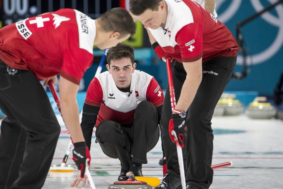 Peter de Cruz of Switzerland in action during the Curling round robin game of the men between Switzerland and Italy at the XXIII Winter Olympics 2018 in Gangneung, South Korea, on Wednesday, February 14, 2018. (KEYSTONE/Alexandra Wey)