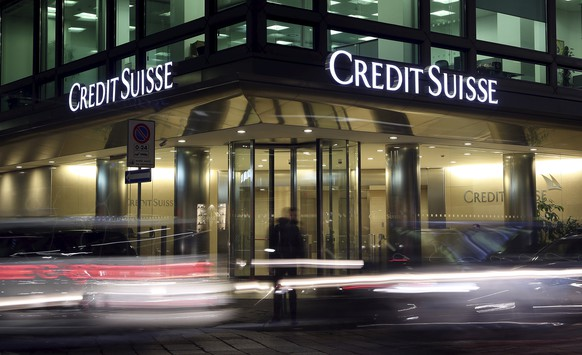 The Credit Suisse logo is seen at the headquarters in downtown Milan, Italy, March 9, 2016. Credit Suisse Group is under investigation in Italy in connection with a case looking into allegations that the bank helped wealthy clients transfer undeclared funds offshore, Italian judicial sources said on Wednesday.  REUTERS/Stefano Rellandini      TPX IMAGES OF THE DAY           TPX IMAGES OF THE DAY