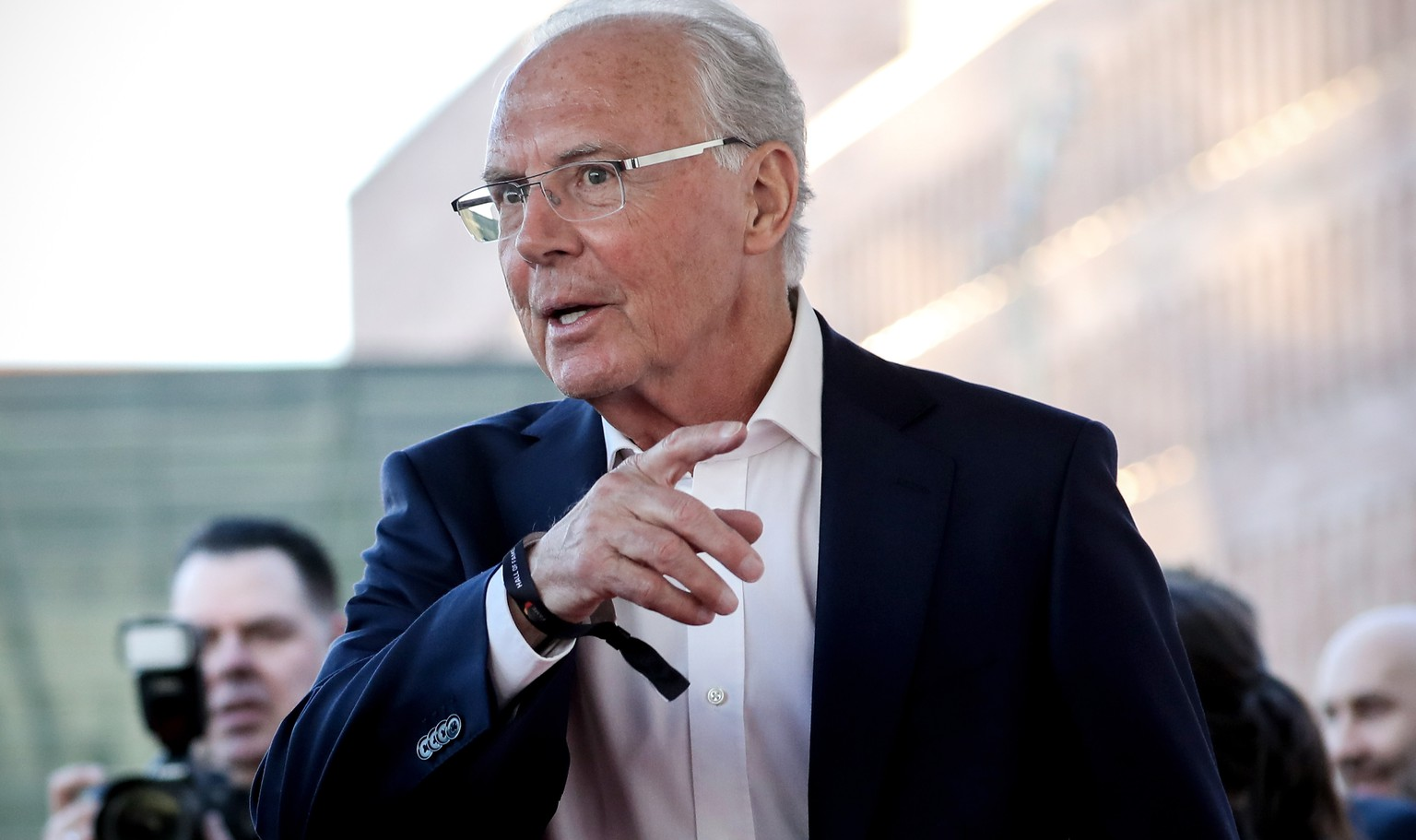 epa07478777 German former soccer player Franz Beckenbauer reacts as he arrives for the opening gala of the 'Hall Of Fame' of German football in Dortmund, Germany, 01 April 2019. The Hall Of Fame will be part of the permanent exhibition in the German Football Museum, where players and coaches of men's and women's soccer of German origin will be honored for their outstanding achievements in shaping German soccer from 1900 until today.  EPA/FRIEDEMANN VOGEL