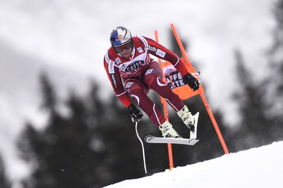WENGEN, SWITZERLAND - JANUARY 14: (FRANCE OUT) Aksel Lund Svindal of Norway competes during the Audi FIS Alpine Ski World Cup Men's Downhill Training on January 14, 2016 in Wengen, Switzerland. (Photo by Alain Grosclaude/Agence Zoom/Getty Images)