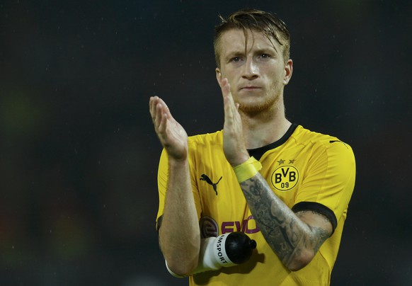 Borussia Dortmund's Marco Reus celebrates his team's 7-2 victory against Odd Grenland BK following their Europa League play-off soccer match in Dortmund, Germany, August 27, 2015.    REUTERS/Ina Fassbender