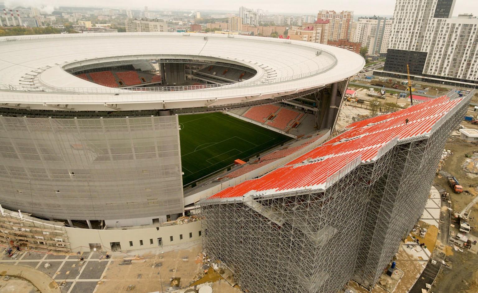 Seltsame Wm Arena In Jekaterinburg Sitzen Die Fans