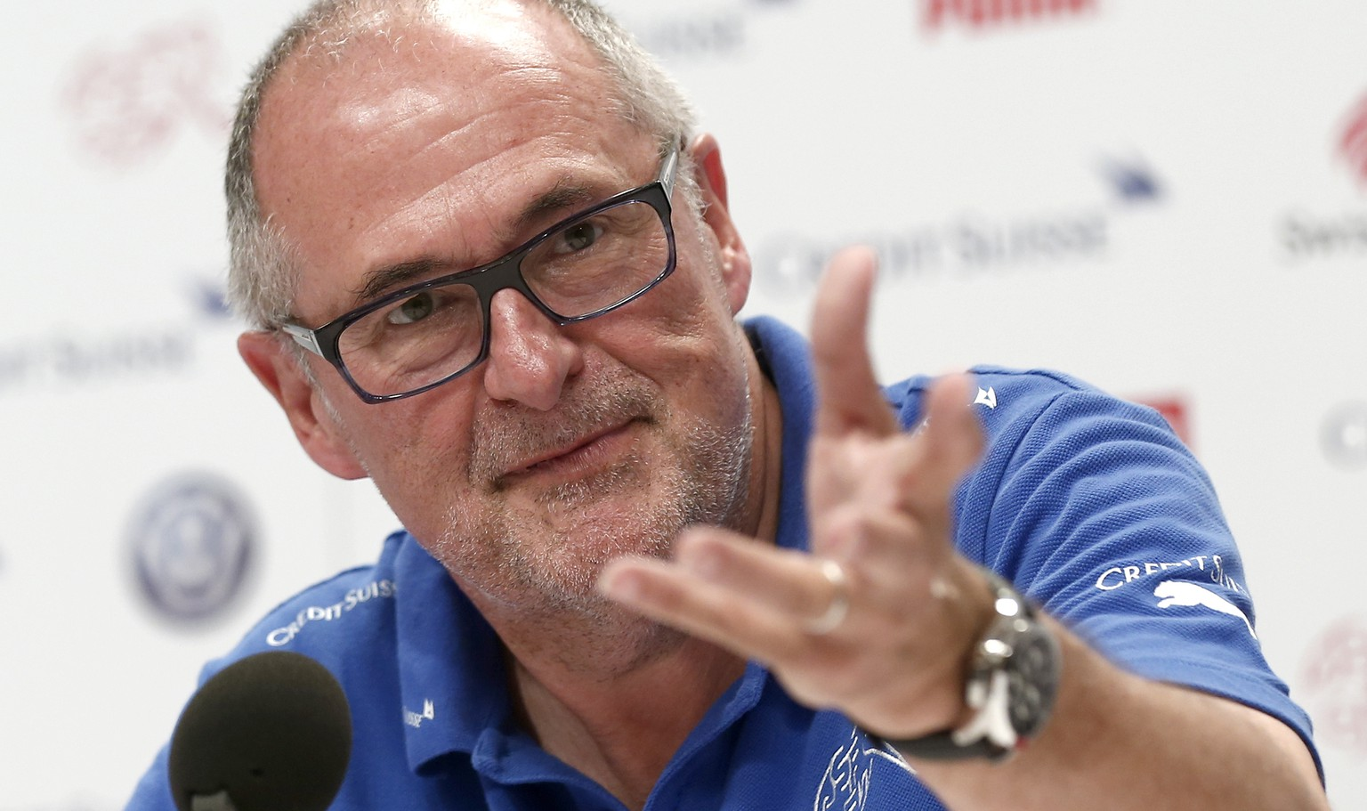 Peter Gillieron, president of the Swiss football association, speaks to journalists during a media conference of the Swiss national soccer team in Porto Seguro, Brazil, Friday, June 27, 2014. (KEYSTONE/Peter Klaunzer)