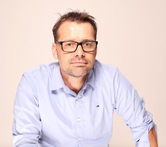 Marc Bühlmann ist Professor für Politikwissenschaft und Direktor von Année Politique Suisse am Institut für Politikwissenschaft an der Universität Bern. Er forscht unter anderem zur Demokratietheorie und zu Schweizer Politik.