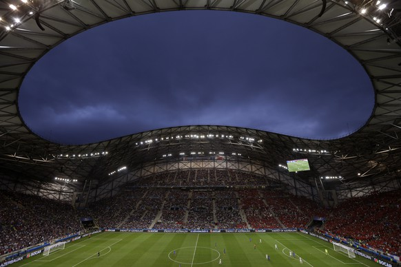 General view of Stade Velodrome stadium during the Euro 2016 Group A soccer match between France and Albania in Marseille, France, Wednesday, June 15, 2016. (AP Photo/Claude Paris)