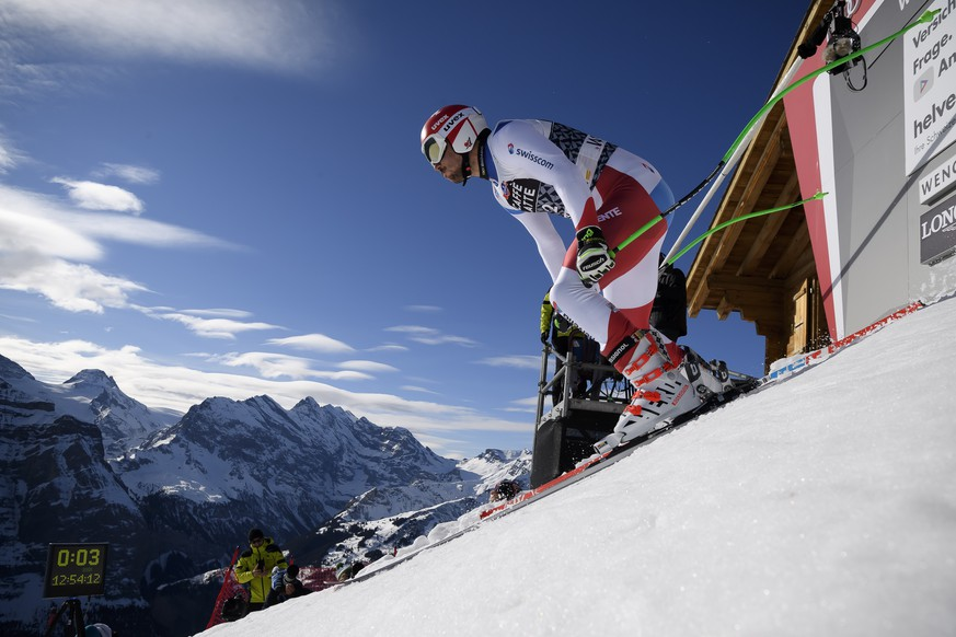 Switzerland's Carlo Janka, in action during a training session of the men's downhill race at the Alpine Skiing FIS Ski World Cup in Wengen, Switzerland, this Tuesday, January 14, 2020. (KEYSTONE/Anthony Anex)