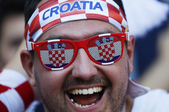 Football Soccer - Czech Republic v Croatia - EURO 2016 - Group D - Stade Geoffroy-Guichard, Saint-Étienne, France - 17/6/16 Croatia fan before the match REUTERS/Kai Pfaffenbach Livepic