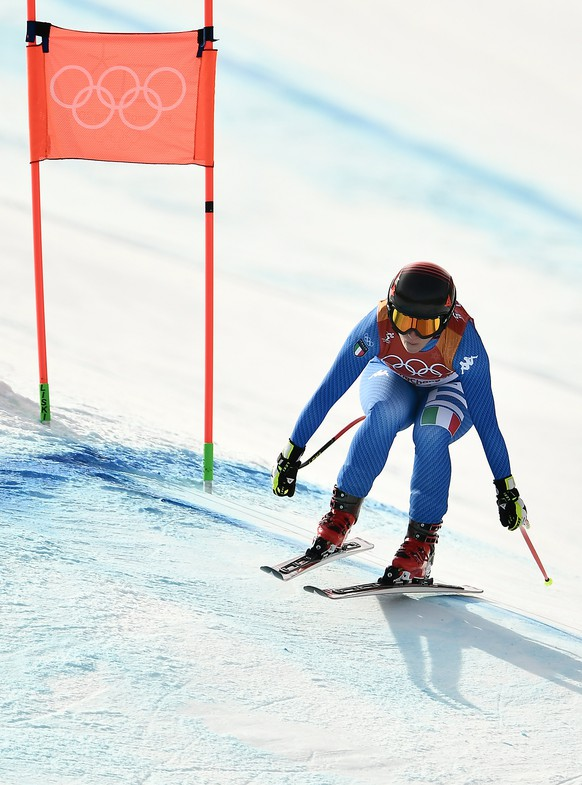 epa06547939 Sofia Goggia of Italy in action during the Women's Downhill race at the Jeongseon Alpine Centre during the PyeongChang 2018 Olympic Games, South Korea, 21 February 2018.  EPA/CHRISTIAN BRUNA