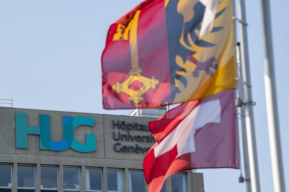 Le logo des Hopitaux Universitaires de Geneve (HUG) photographie, ce jeudi 26 mars 2020 a Geneve. Regulierement un bilan est fait aux HUG sur la situation du coronavirus COVID-19. (KEYSTONE/Martial Trezzini)