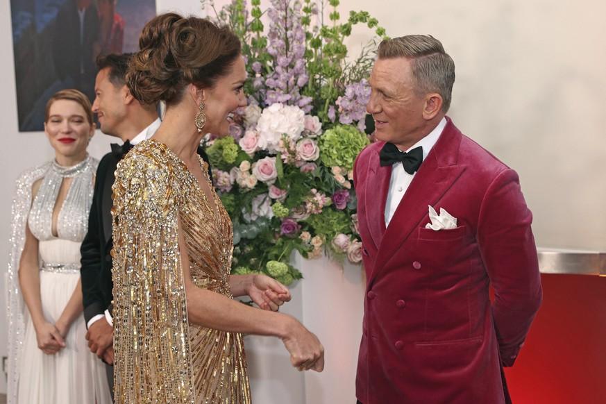 Herzogin Kate trifft 007 Daniel Craig.