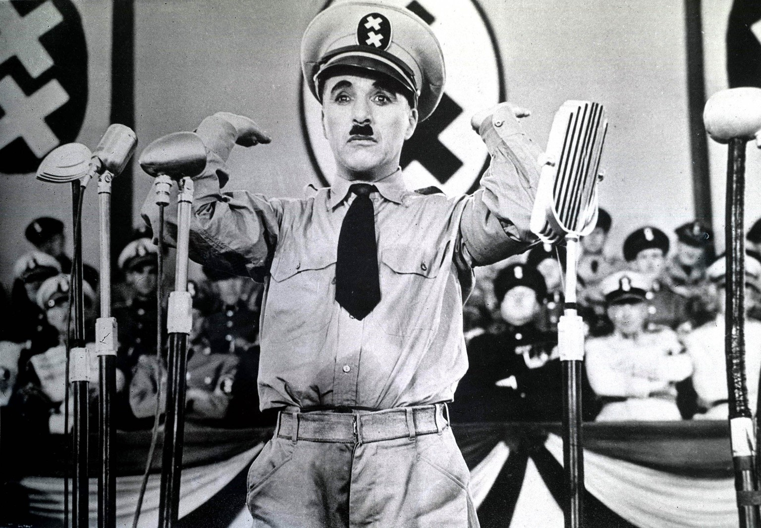 24th August 1940, Charlie Chaplin in a still from his film +The Great Dictator+, a satire of Totalitarian regimes  (Photo by Popperfoto/Getty Images)