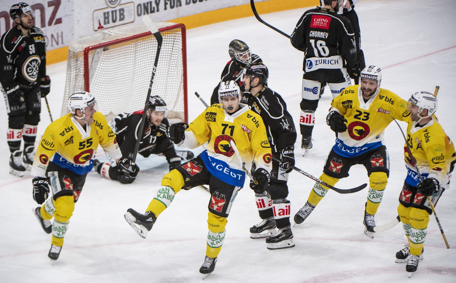 Bern's player Jeremi Gerber, celebrate 0-1 gool , during the preliminary round game of National League A (NLA) Swiss Championship 2019/20 between HC Lugano and SC Bern at the ice stadium Corner Arena in Lugano, Switzerland, Saturday,  February 22, 2020. (KEYSTONE/Ti-Press/Pablo Gianinazzi)