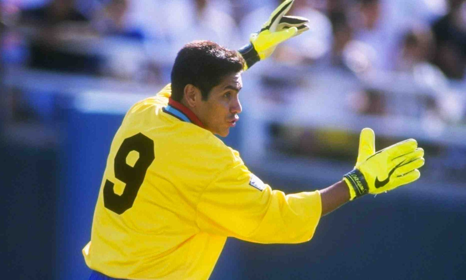 15 Jun 1997: Jorge Campos of the Los Angeles Galaxy in action during a game against the Tampa Bay Mutiny at the Rose Bowl in Pasadena, California. The Galaxy won the game, 4-1.