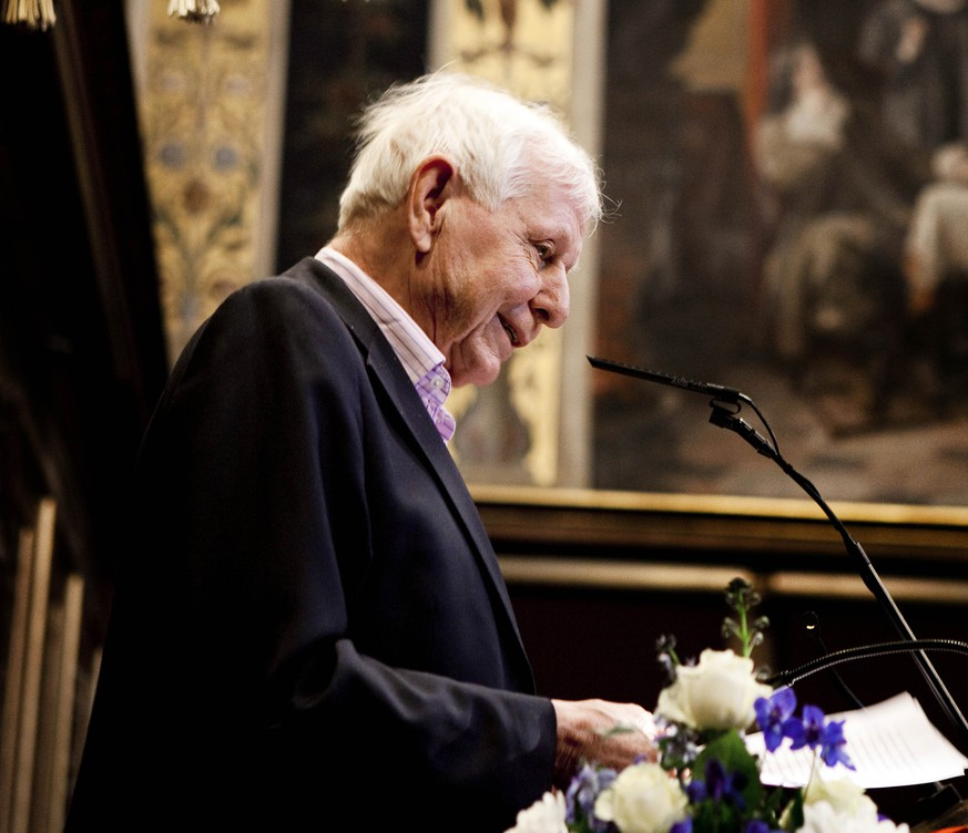 German author Hans Magnus Enzensberger delivers a speech after receiving the Sonning Prize at the ceremonial hall in Copenhagen University February 2, 2010. The Sonning Prize is the largest cultural award in Denmark with a prize amount of 135 000 euros ($188 468) given to a person