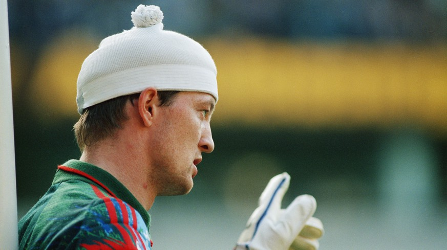 Faroe Islands goalkeeper Jens Martin Knuden, wearing his bobble hat, 22nd May 1993 (Photo by Steve Morton/Getty Images)