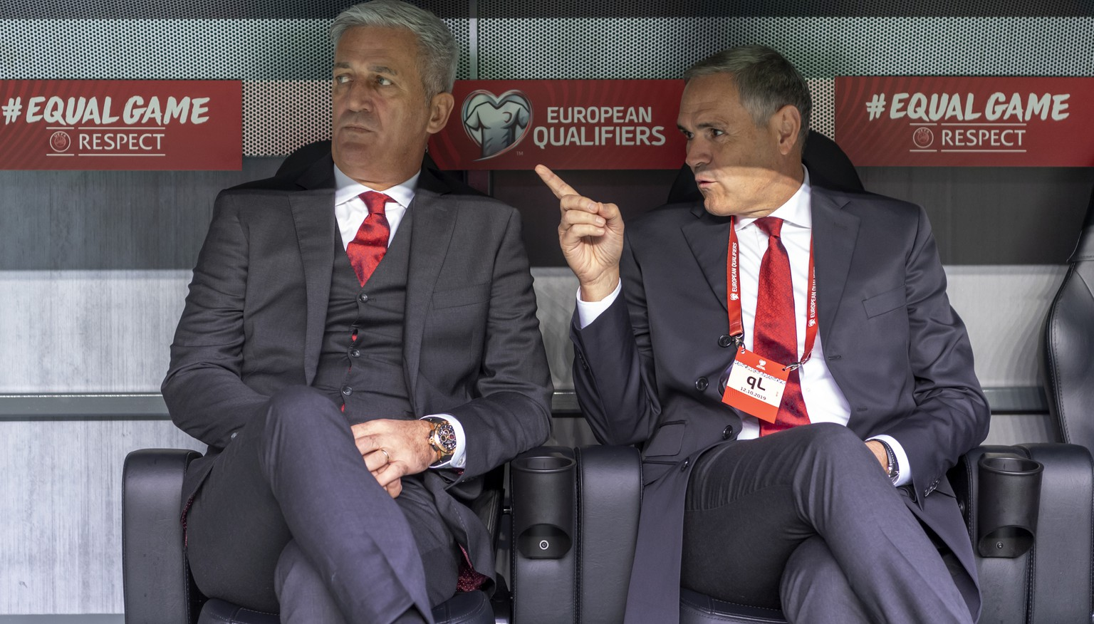 Switzerland's head coach Vladimir Petkovic, left, and Pierluigi Tami, director of the national team, right, prior to the UEFA Euro 2020 qualifying Group D soccer match between Denmark and Switzerland at the Telia Parken stadium in Kopenhagen, Denmark, on Saturday, October 12, 2019. (KEYSTONE/Georgios Kefalas)