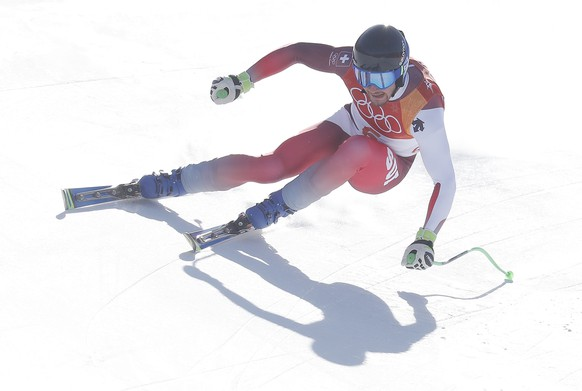 epa06519483 Leca Aerni of Switzerland in action during the downhill portion of the Men's Alpine Combined race at the Jeongseon Alpine Centre during the PyeongChang 2018 Olympic Games, South Korea, 13 February 2018.  EPA/GUILLAUME HORCAJUELO