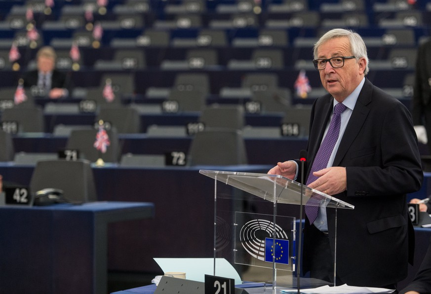epa06442682 Jean-Claude Juncker, the President of the European Commission, delivers his speech at the European Parliament in Strasbourg, France, 16 January 2018, during the debate about the EU summit and Brexit. Media reports state that Juncker and European Council president Donald Tusk stressed that the EU's doors and hearts were open in case Britain might change its mind on leaving the European Union, dubbed the 'Brexit'.  EPA/PATRICK SEEGER