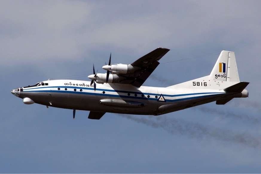 Shaanxi Y-8 lifts myanmar air force (quelle: wikimedia)