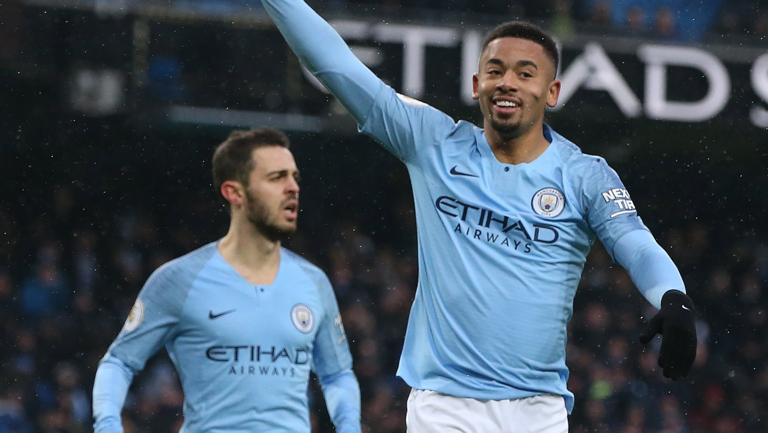epa07233195 Manchester City's Gabriel Jesus (R) celebrates scoring during the English Premier League soccer match between Manchester City and Everton at the Etihad Stadium in Manchester, Britain, 15 December 2018.  EPA/NIGEL RODDIS EDITORIAL USE ONLY. No use with unauthorised audio, video, data, fixture lists, club/league logos 'live' services. Online in-match use limited to 75 images, no video emulation. No use in betting, games or single club/league/player publications.