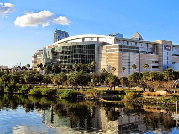 Amalie Arena: Tampa, Florida. Team: Tampa Bay Lightning. Kapazität: 19'092 Zuschauer. Eröffnet: 1996.