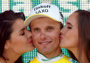 epa04346189 New overall leader Poland's Rafal Majka of Tinkoff-Saxo team celebrates on the podium after winning the sixth stage Tour de Pologne, a 174 km cycling race around Bukowina Tatrzanska, in Bukowina Tatrzanska, Poland, 08 August 2014.  EPA/GRZEGORZ MOMOT POLAND OUT