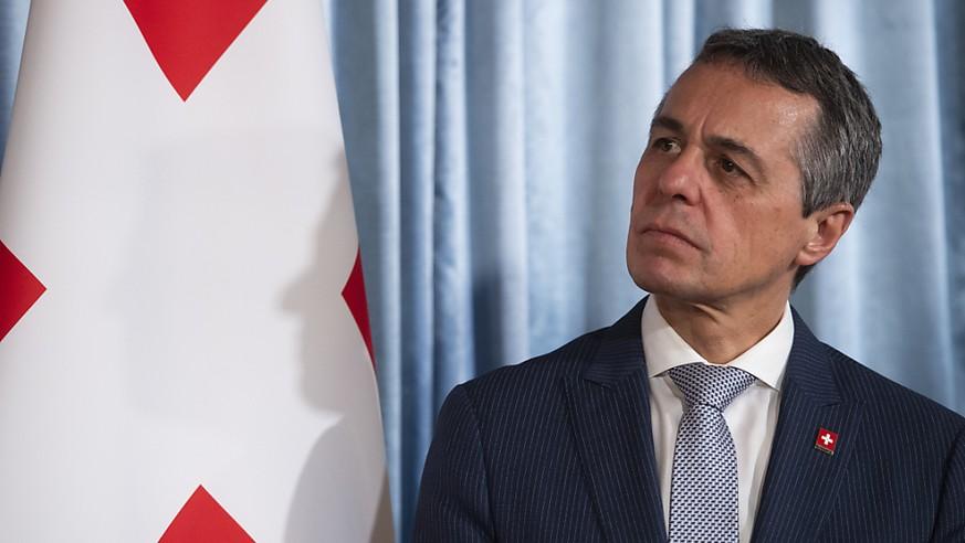 Bundesrat Cassis über Libanon, Waffenexporte, China und die Begrenzungsinitiative