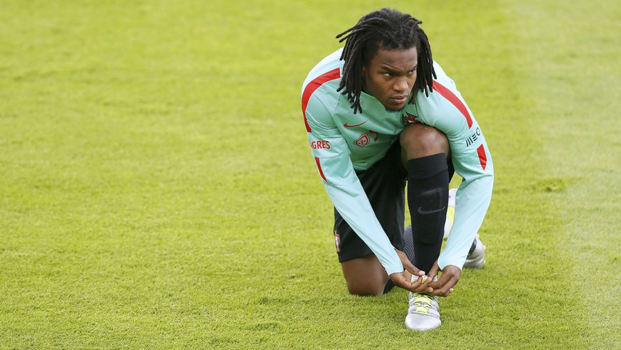 Football Soccer - Euro 2016 - Portugal Training - Centre National de Rugby, Marcoussis, France - 3/7/16 Portugal's Renato Sanches attends training. REUTERS/Gonzalo Fuentes