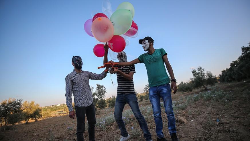 Nach neuen Ballon-Angriffen beschiesst Israel erneut Hamas-Ziele
