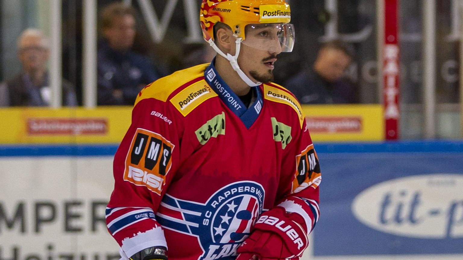SC Rapperswil-Jona Lakers Verteidiger Jorden Gaehler waehrend dem Eishockey-Meisterschaftsspiel der National League zwischen den SC Rapperswil-Jona Lakers und den ZSC Lions am Samstag, 22. September 2018, in Rapperswil. (PPR/Patrick B. Kraemer)