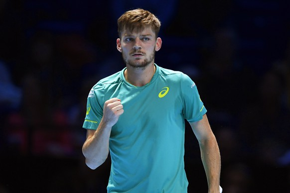 epa06335781 David Goffin of Belgium reacts during his round robin match against Dominic Thiem of Austria at the ATP World Tour Finals tennis tournament in London, Britain, 17 November 2017.  EPA/WILL OLIVER
