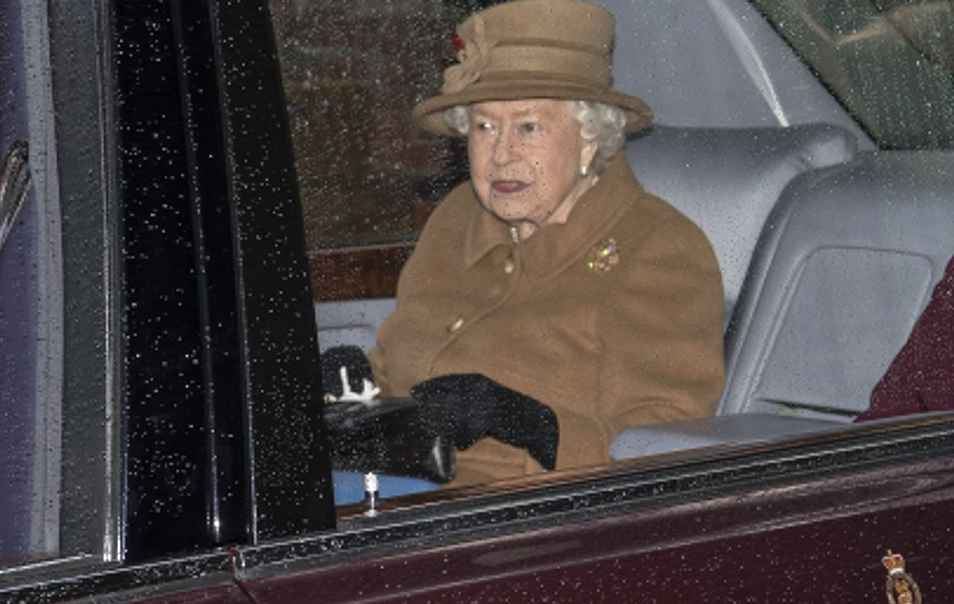 epa08122035 Britain's Queen Elizabeth leaves church at the Sandringham Estate, Britain, 12 January 2020. Senior members of Britain's royal family are expected to meet to discuss Prince Harry and Meghan, the Duke and Duchess of Sussex's future role after the couple have announced in a statement on 08 January 2020 that they will step back as 'senior' royal family members and work to become 'financially independent'.  EPA/NEIL HALL