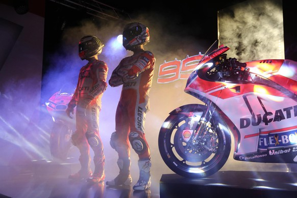 epa05733975 The presentation of Ducati Motor racing for 2017 season At Borgo Panigale Production in Bologna, Italy, 20 January 2017.  EPA/GIORGIO BENVENUTI