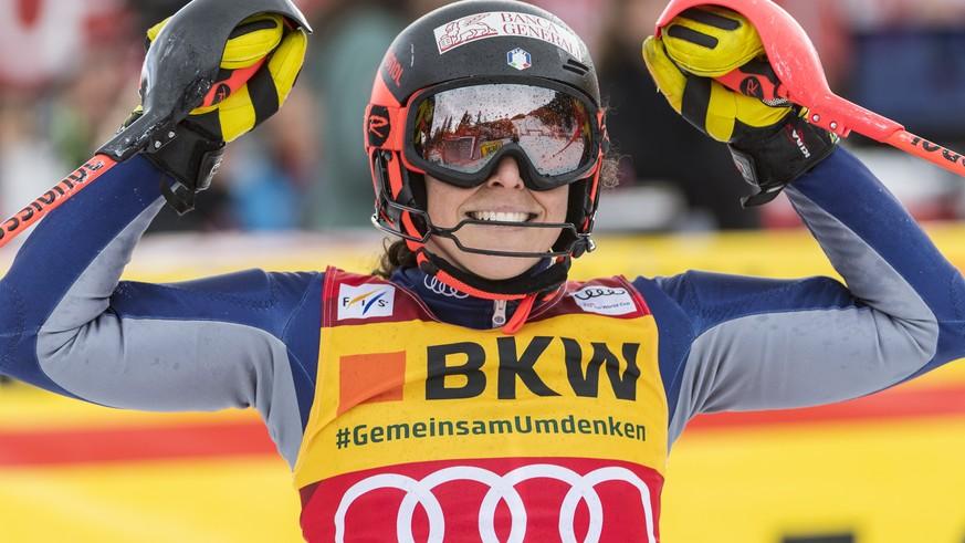 Brignone gewinnt Kombi und führt nun im Gesamtweltcup – starkes Schweizer Team ohne Podest