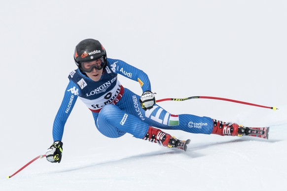 epa05782217 Sofia Goggia of Italy during the womens alpine combined downhill race at the 2017 FIS Alpine Skiing World Championships in St. Moritz, Switzerland, 10 February 2017.  EPA/GIAN EHRENZELLER