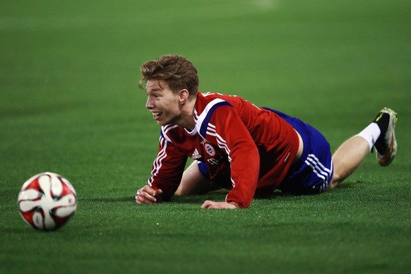 DOHA, QATAR - JANUARY 15: Mitchell Weiser reacts during day 7 of the Bayern Muenchen training camp at ASPIRE Academy for Sports Excellence on January 15, 2015 in Doha, Qatar.  (Photo by Alex Grimm/Bongarts/Getty Images)